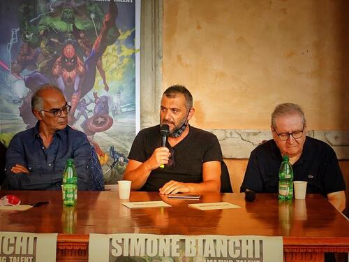 La presentazione della mostra con Vincenzo Mollica